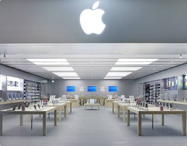 Every Apple Store follows the same basic floorplan. Pictured above is the Apple  Store in Rome, Italy. (Photo courtesy of Apple.)